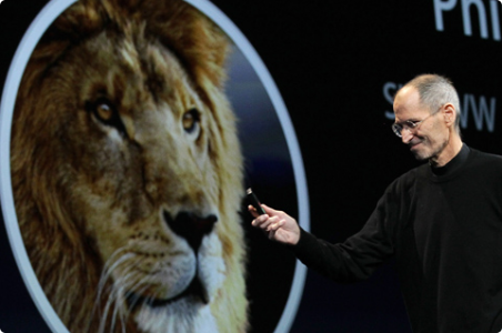 Steve Jobs with OS Lion